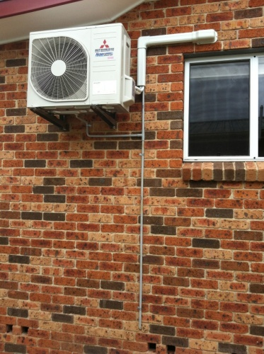 Residential wall aircon installation